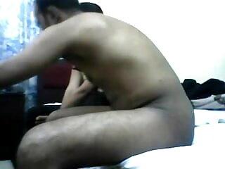 लैटिना सोफे पर गड़बड़ हो रही फुल एचडी में सेक्सी मूवी है