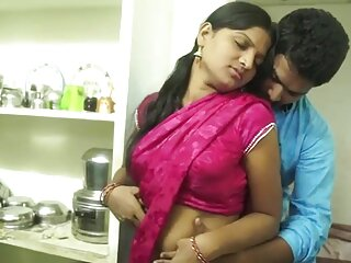 सुपर हॉट हिंदी में फुल सेक्स मूवी लैटिना उनके दिमाग को उड़ा देती है और ग्रेट फेशियल लेती है