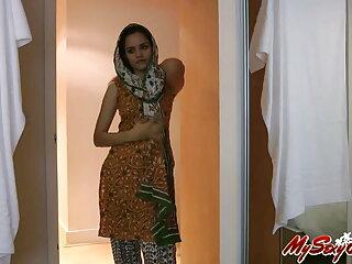 ब्लोजॉब 001 सेक्सी मूवी फुल एचडी हिंदी में