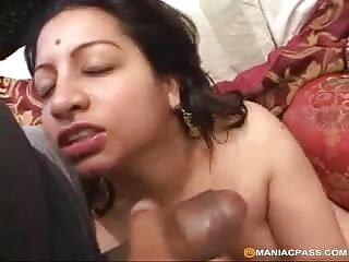 blowjob सेक्सी मूवी फुल एचडी हिंदी में