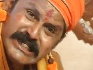बूढ़ा गोरा सचिव उसकी गीली गुलाबी चूत के साथ वीडियो में फुल सेक्सी फिल्म खेलता है