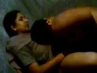 कैज़ुअल सेक्सी बीएफ फिल्म फुल एचडी में टीन सेक्स - सहयात्री जंगल में गड़बड़