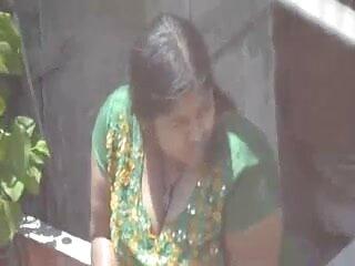 एमिली हिंदी सेक्सी फुल मूवी एचडी में को खेलते हुए देखें