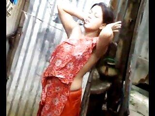 मोजा पहने एशियाई किशोर एक लोड बाहर coaxes सेक्सी फुल मूवी एचडी में